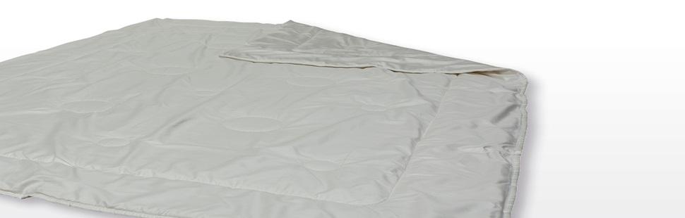 ProNatura Bettdecke aus Kamelflaumhaar